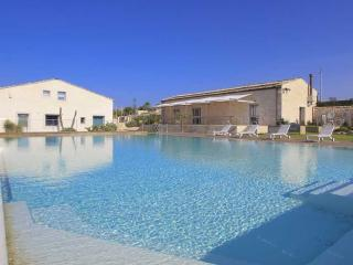 Stromboli, Petrantica Resort with pool, 6 people - Marina di Ragusa vacation rentals