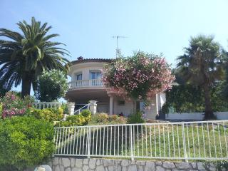 Lovely, Bright Villa With Private Pool - Vence vacation rentals