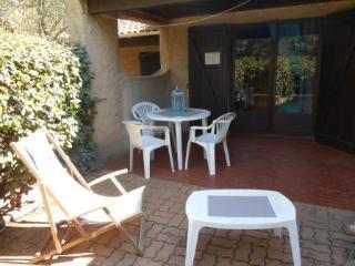 Santa-Giulia-studio-OCCHIATANA-plage à 200m - Santa Giulia vacation rentals