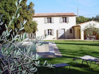 Spacious Villa with Internet Access and A/C - Meyreuil vacation rentals