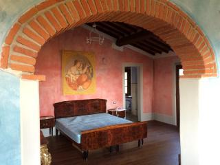 Under the Tuscan sun escape - Lucignano vacation rentals