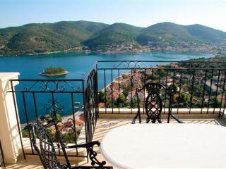 ODYSSEUS APARTMENT - Vathy vacation rentals