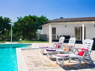VILLA PUPILLA - Sampieri vacation rentals