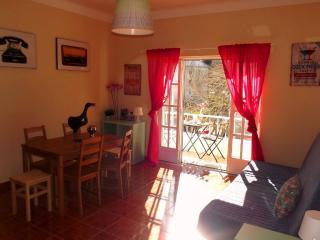 Cascais Sunny Balcony - Cascais vacation rentals