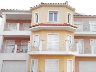 Lovely Condo with A/C and Central Heating in Klismata - Klismata vacation rentals