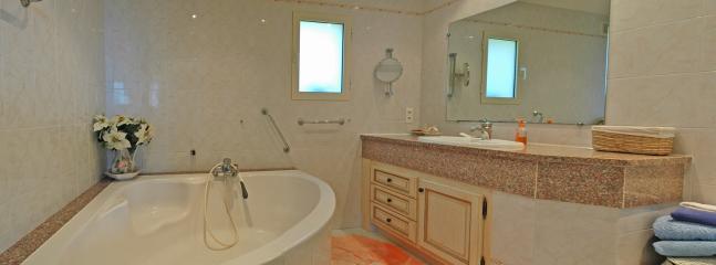 Villa Santa Giulia Porto Vecchio 4 chambres - Porto-Vecchio vacation rentals
