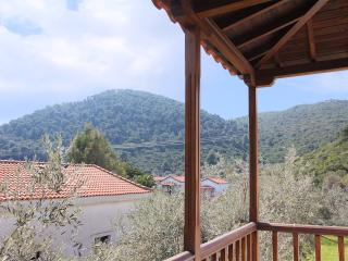 Stafylos Studio No 3 (top floor) - Stafylos vacation rentals