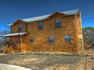 CEDAR LODGE ON THE FRIO RIVER - Leakey vacation rentals