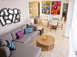 Tropical Escape, Great Amenities For 10 Friends - Playa del Carmen vacation rentals