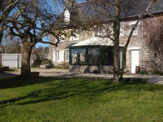 """""""LA  MALLOUETTE"""",  Big house, nice garden - Granville vacation rentals"""