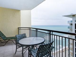 DOUBLETREE BY HILTON STUDIO 16 FLOOR - North Miami Beach vacation rentals