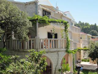Apartment, Trstenik Dingač ~ RA32048 - Dubrovnik-Neretva County vacation rentals