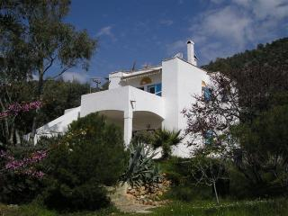 3 bedroom House with Internet Access in Korfos - Korfos vacation rentals