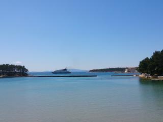 Rab Seaside Heaven - Banjol vacation rentals