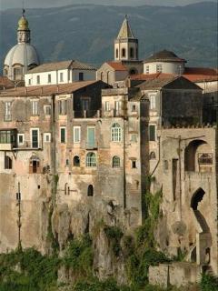 3 bedroom B&B with Internet Access in Sant'Agata de'Goti - Sant'Agata de'Goti vacation rentals