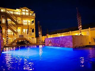 Grande Ritz Paradise - Kill Devil Hills vacation rentals