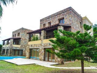 VILLA IN TORBA BODRUM WITH SEA VIEW POOL - Torba vacation rentals