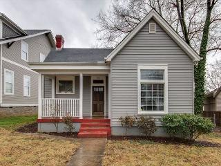 2BR Newly Renovated Cottage East Nashville, Sleeps 4 - Nashville vacation rentals