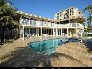 Large Beachfront Villa with Pool, Perfect for Families and Reunions - Fort Lauderdale vacation rentals