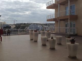 Homes 4 U - Ocean Drive Terrace B8 - Qawra vacation rentals