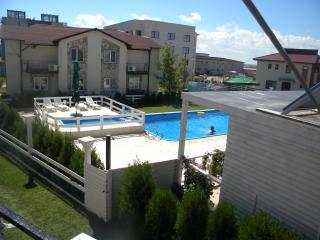 Studio Family Mamaia for 2 adult and max 2 child - Eforie vacation rentals