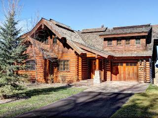 Vacation rentals in Victor