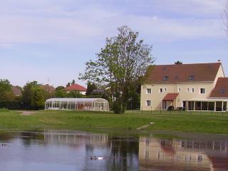 Chambre d hôtes La Grimodière avec piscine - Ranville vacation rentals