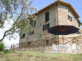 Gorgeous 4 bedroom Villa in Calzolaro - Calzolaro vacation rentals