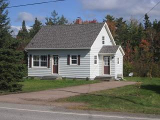 CHARMING COUNTRY COTTAGE - Tatamagouche vacation rentals