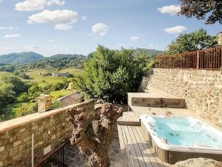 """""""La Villa Basse"""" – Stunning villa in the Ardeche with garden, panoramic views and shared pool - Pranles vacation rentals"""