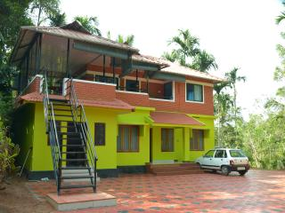 7 bedroom Villa with Internet Access in Sultan Battery - Sultan Battery vacation rentals