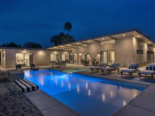 New 2015 Construction 5 Bed 6 Bath Luxe Compound - Los Angeles vacation rentals