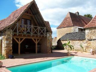 LA CASALISSA : Maison+piscine chauffée près SARLAT - Castels vacation rentals