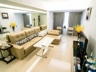 Deluxe2BR❤Near NTNU Ximen Gutting New Huge❤sl/6 - Taipei vacation rentals