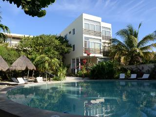 Progreso Condo in gulf of Mexico - Progreso vacation rentals