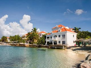 Nice House with Deck and Internet Access - Willemstad vacation rentals