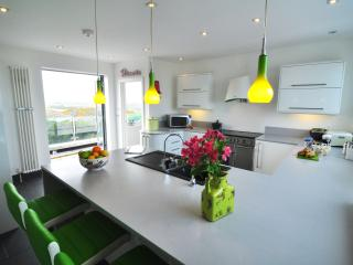 Holiday Home / House in Pentire, Newquay, Cornwall - Newquay vacation rentals