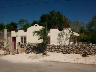 Charming 2 bedroom House in Izamal - Izamal vacation rentals