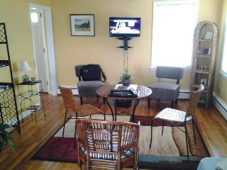 3 bedroom House with Internet Access in Portsmouth - Portsmouth vacation rentals