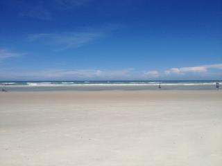 Clean, Quiet and Close to Sand! White Sandy Beach! - Saint Augustine Beach vacation rentals