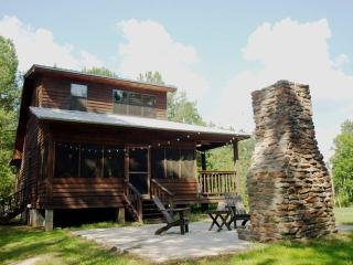 Nice Cabin with Deck and Dishwasher - Oxford vacation rentals