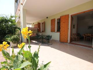 LE COTE 2/8 ~ RA33554 - Lido degli Scacchi vacation rentals