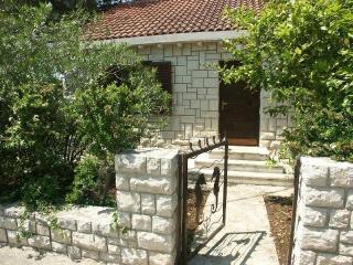 CR 73 - Villa - Cove Makarac (Milna) vacation rentals