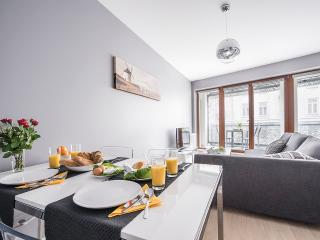 One Bed. Apartment OXYGEN WRONIA 1 - Warsaw vacation rentals