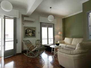 Urban apartment in the centre of Athens - Athens vacation rentals