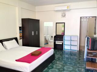 Apartment with Kitchen near Beach 1fl A - Lamai Beach vacation rentals
