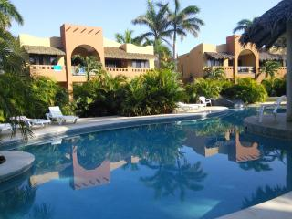 2 bedroom Condo with Internet Access in Playa Junquillal - Playa Junquillal vacation rentals