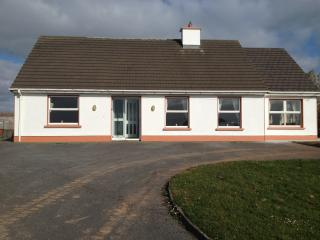 Racecourse House, Been Bawn, Dingle, Ireland. - Dingle vacation rentals