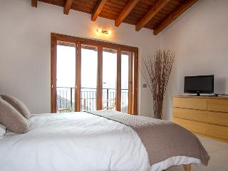 Nice Villa with Internet Access and Satellite Or Cable TV - Dumenza vacation rentals