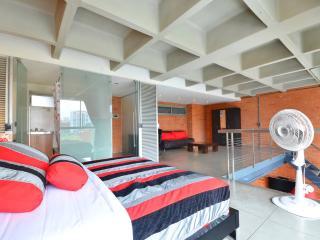 Astorga Lofts 505 unique design - Medellin vacation rentals